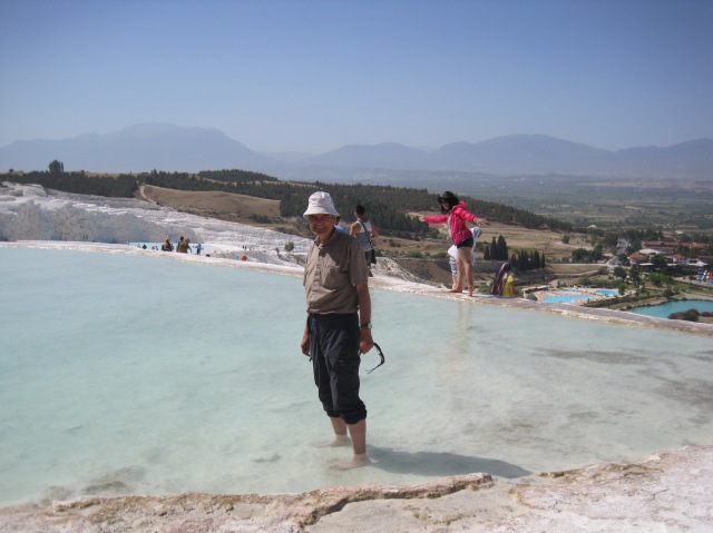 The paddler at Pamukkale
