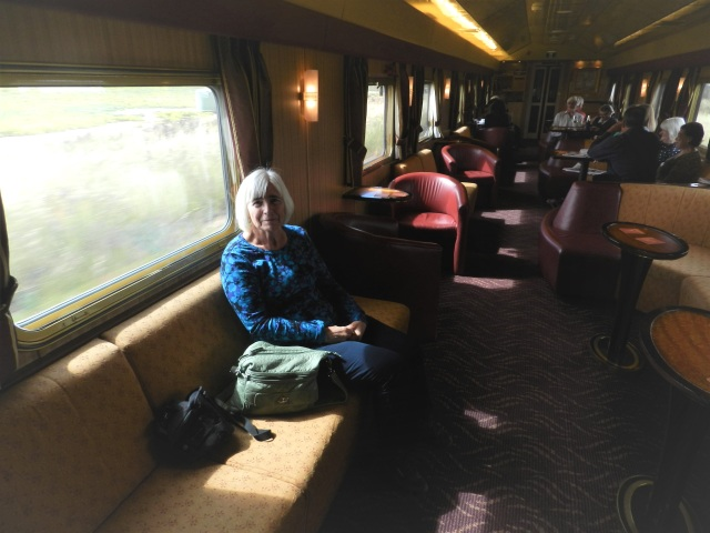 Lounge car, Indian Pacific